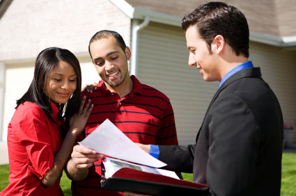 How to Choose a Real Estate Advertising Agent